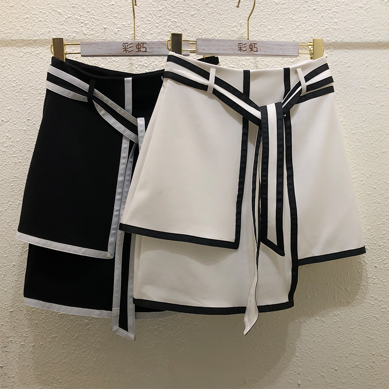 Women Skirt 2020 Summer New Contrast Color Irregular Skirt Women's Slimming Cute Black And White Short Mini Skirts Students