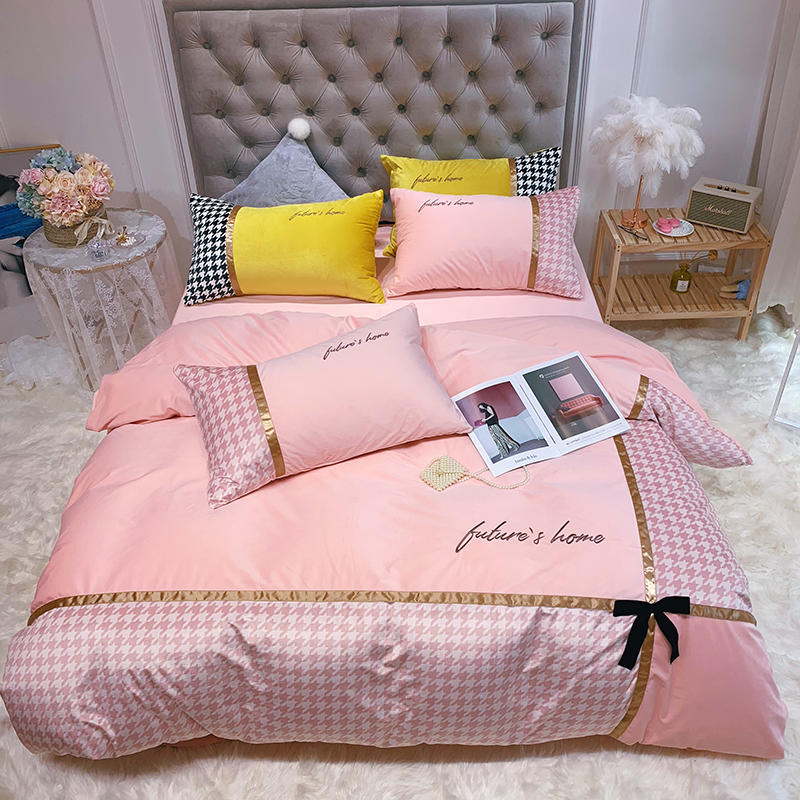 Dove Velvet Fabric Bedding Set Pink Plaid Bed Set Shining Duvet Cover Set Queen King Size Bed Sheet Pillowcases Bed Linen Bed