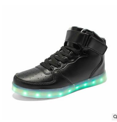 2019 New Couple Luminous Shoes Trend Casual Men Women Shoes Charging Led Colorful Luminous Couple Shoes Islamabad