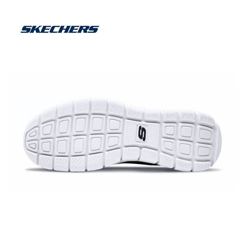 US $81.43 24% OFF|Skechers Mesh Men Casual Shoes Sport GORUN Lightweight Breathable Walking Sneakers Men Lace Up Tenis Feminino Zapatos 52820 BBK in