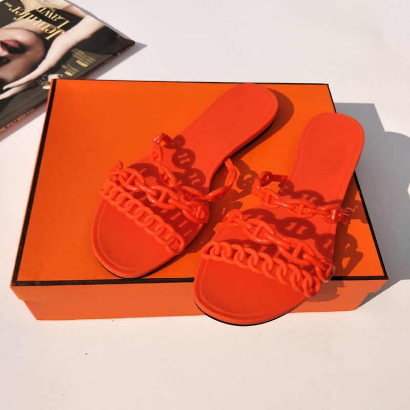 2020 yeni varış yaz plaj sandaletleri kadın jöle ayakkabı zincirleri rahat dışında ayakkabı lüks marka tasarımcı PVC Flats terlik