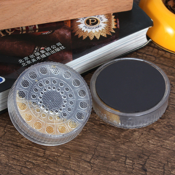 Plastikowe cygaro Humidor nawilżacz żel krystaliczny podróży okrągłe akcesoria nawilżające utrzymać 65-75 wilgotności Mini cygaro gadżety tanie i dobre opinie GALINER HA-08 Plastic 60*18mm Cigar Humidor Cigar Box Cigar Case Simple Packaging