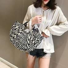 Straw Bag Handbag Retro Holiday Travel Woven bag Female New Sen Family Seaside Beach Rattan Geometric patterns