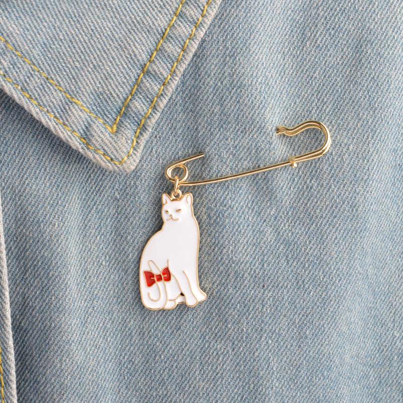 น่ารักเข็มกลัดแมวสีดำและสีขาว kitty enamel pin Red Bow-knot tail Lapel pin badge เสื้อผ้ากระเป๋าเครื่องประดับของขวัญเด็กขายส่ง