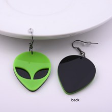 Fashion Creative New Design Green Alien Acrylic Earrings Cool Punk Exaggerated Saucer Man Dangle