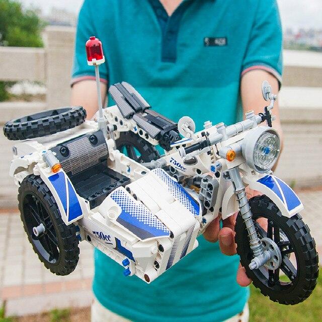 550 PCS Technic รถจักรยานยนต์ตำรวจอาคารอิฐบล็อก Sidecar Motorcross ชุด Technic บล็อกรถของเล่นของขวัญ