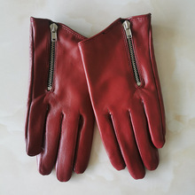 Luvas femininas estilo curto de pele de carneiro, luvas de couro genuíno puro, vermelhas com zíper, versão europeia, elegância francesa, tb84