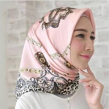 90*90cm muslim silk scarf hijab women islamic headscarf Malaysia printed shawl headwrap femme musulman scarves square 2020 chiffon muslim headscarf polka dot print square scarf hijab for women islamic turban headwrap malaysia bawal hijab shawl