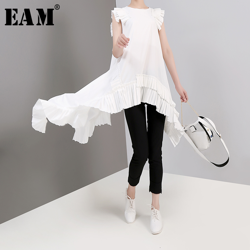 [EAM] Women Pleated Asymmetrical Long Blouse New Round Neck Sleeveless Loose Fit Shirt Fashion Tide Spring Summer 2020 LLL3240