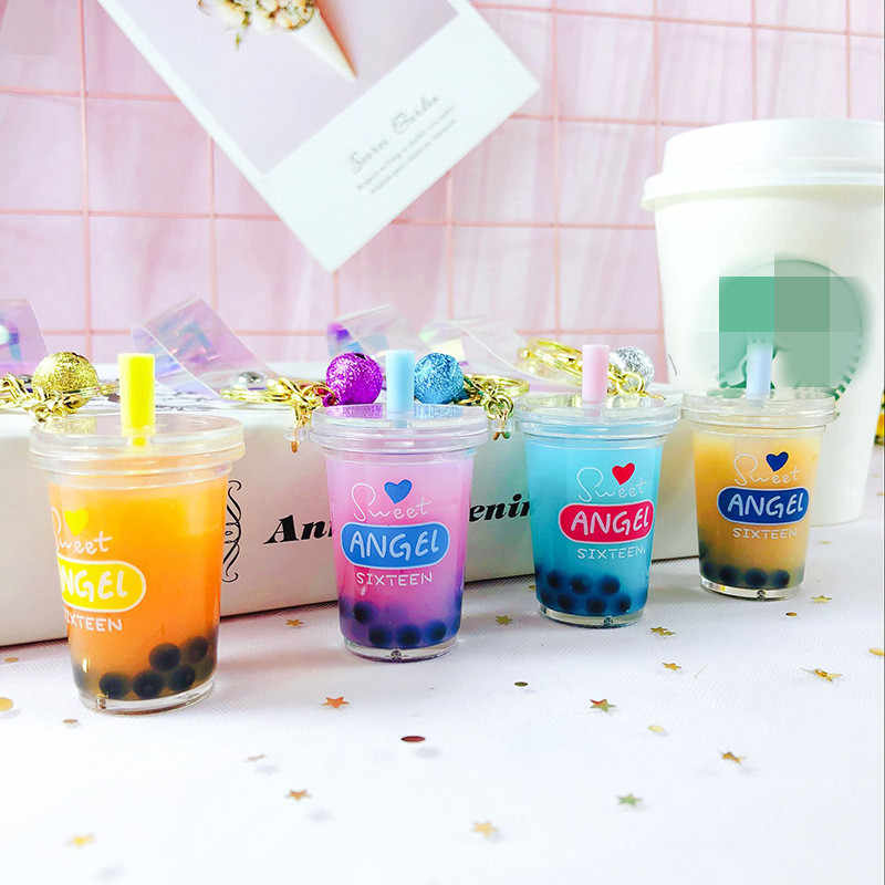 Fashion Car Keychain Creative Milk Tea Cup Liquid Crystal Quicksand Sequin Key Ring Bag Pendant for Women Bag Keyrings Jewelry