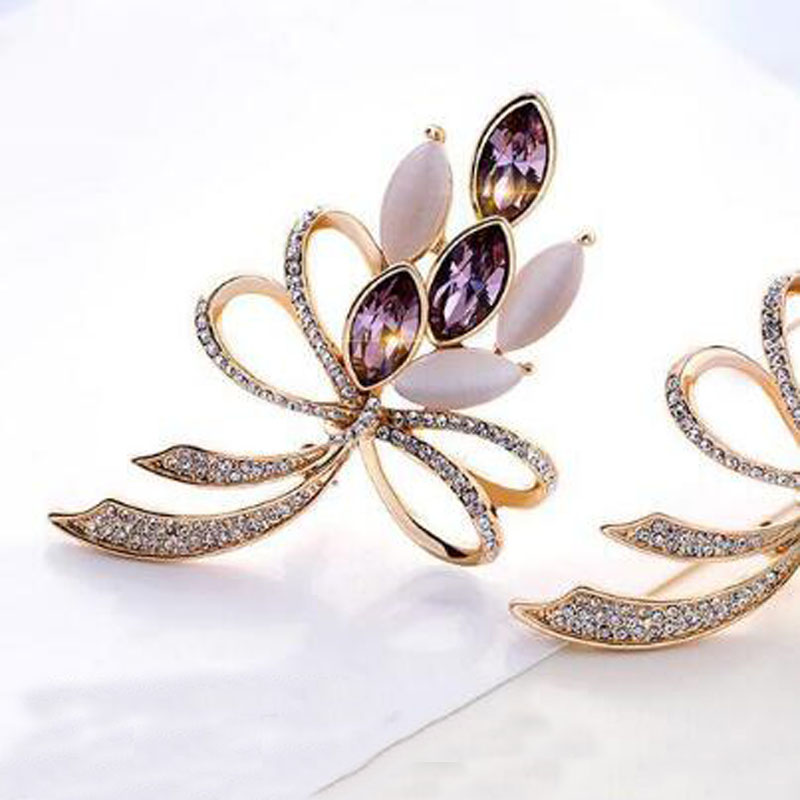 Crystal Bouquet Brooch Exquisite Female Bright Opal Shining Crystal Big Bow Brooches Pin for Women Sweater Coat Wedding Jewelry in Brooches from Jewelry Accessories