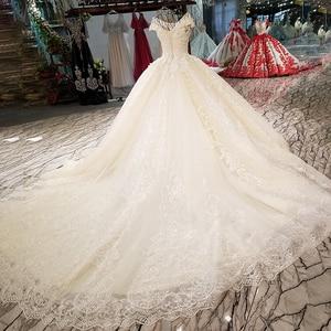 Image 2 - Ls01266 3d 꽃과 반짝이 장식 된 웨딩 드레스 o 넥 캡 슬리브 위로 샴페인 공식 드레스 레이스 빠른 배송 2018