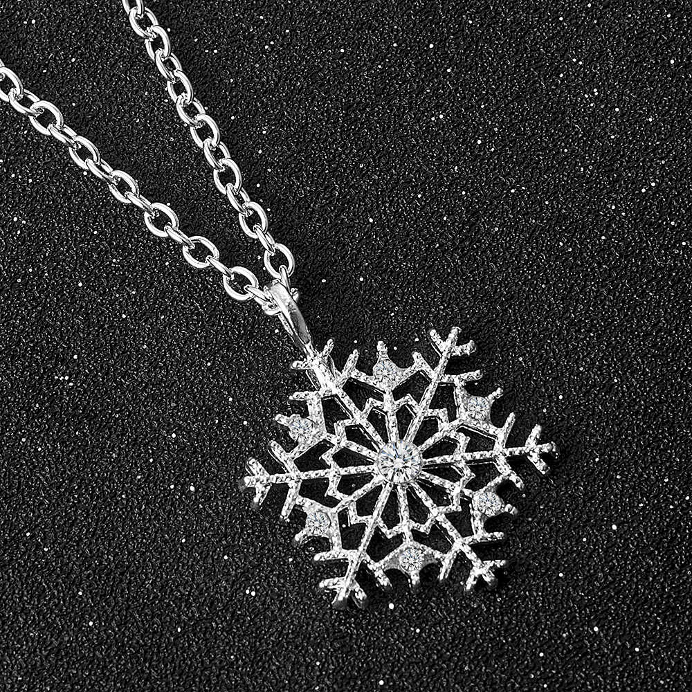 Fashion Charms lady Crystal Snowflake Zircon Flower Silver Christmas Necklaces & Pendants Jewelry for Women Sweater necklace