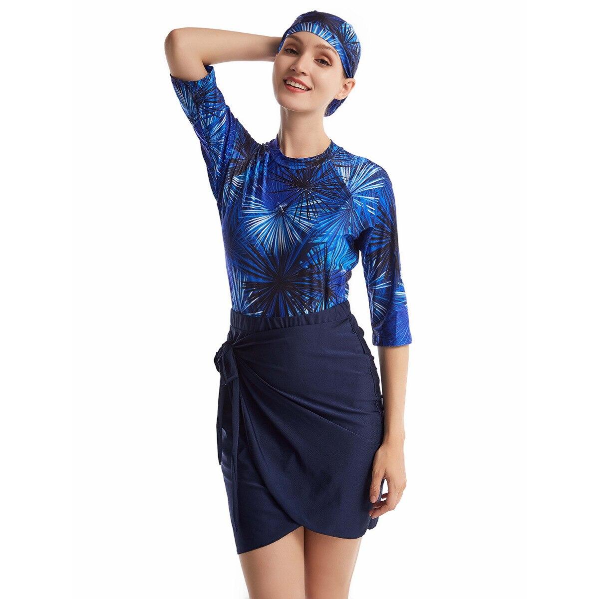 Frauen Rashguard Bademode Body + Rock + Kappe navy blue 1.jpg