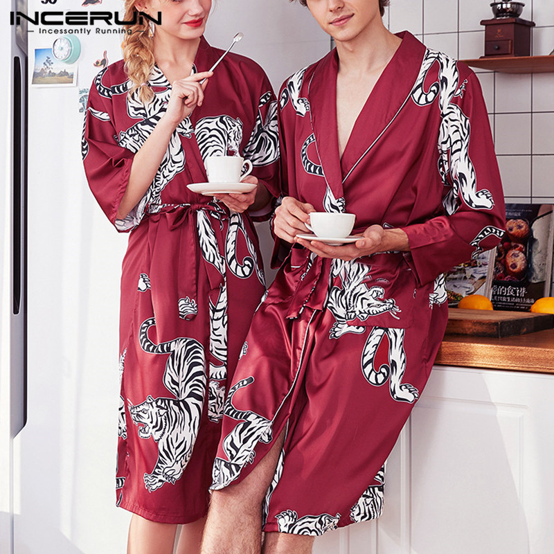 INCERUN Printed Men Robes Lapel Long Sleeve Faux Silk Satin Homewear Pockets Kimono Sleepwear Fashion Casual Nightgown Bathrobe