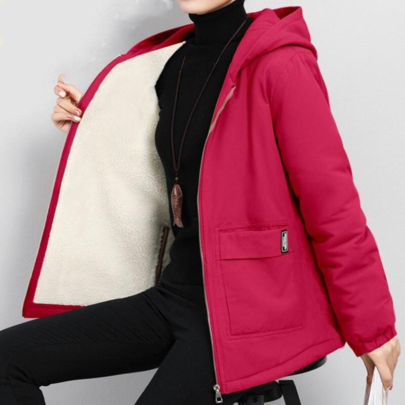 Женское зимнее пальто 2020 новая Корейская Свободная куртка с капюшоном большого размера Осенняя Повседневная бархатная Женская ветровка размера плюс Размер 6XL Y562|Плащи и тренчи|   | АлиЭкспресс
