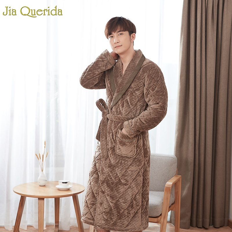 Male Long Sleeve Nightgown Mens Velvet Robes Long 3 Layer Padded Mens Winter Kimono Robe Camel Quality Luxury Men Home Gown Robe