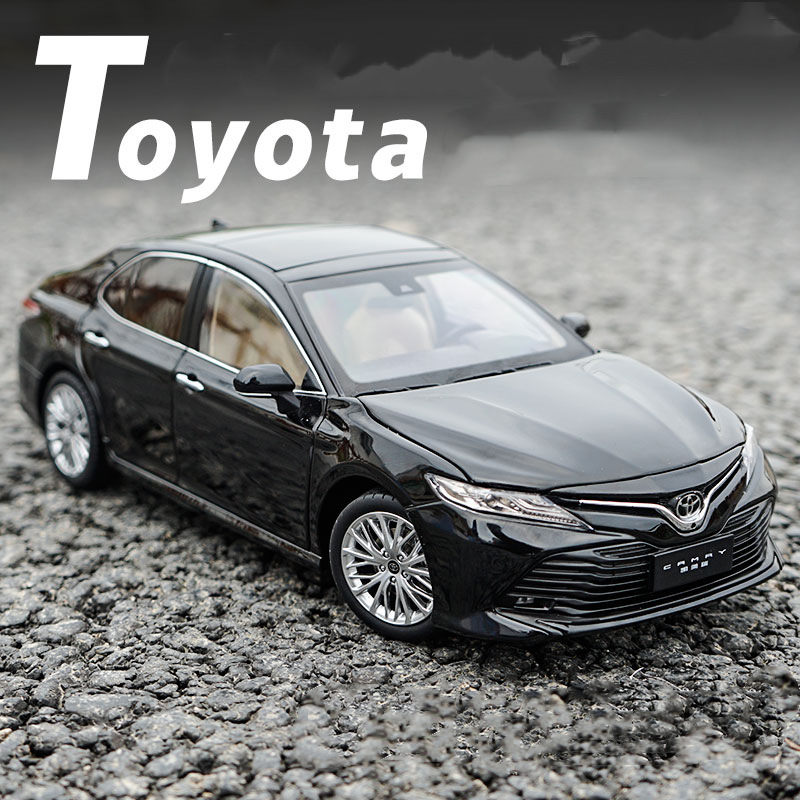 Exquisite 1:18 Toyota eighth generation Camry sports version of the car alloy model,collection car model ornaments,free shippin