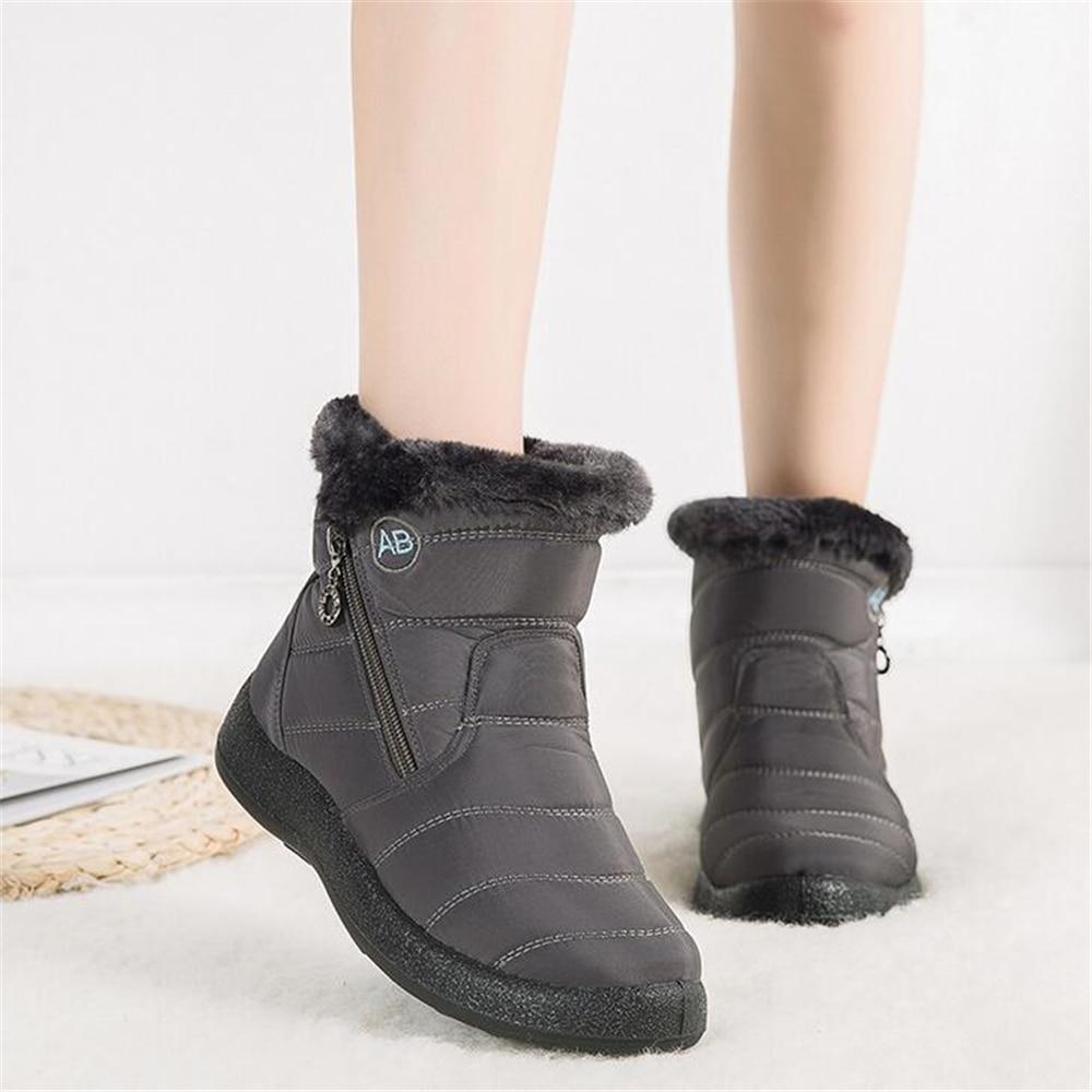 Plus Size 35-43 2020 Winter New Snow Boots Female Tube Thick Plush Waterproof Cotton Boots Side Zipper Women Boots Platform