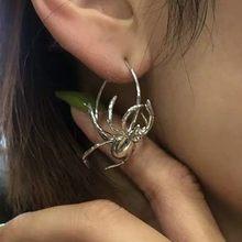Boucles d'oreilles Punk araignée en métal pour femmes, bijoux en alliage pour femmes, oreilles d'insecte simples pour filles, cadeau d'anniversaire, nouveauté 2020