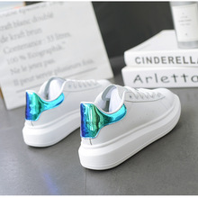 2019 New Casual shoes Spring and Autumn Women Styles Fashion Design High-Quality Classics Shoes Men White Sneakers