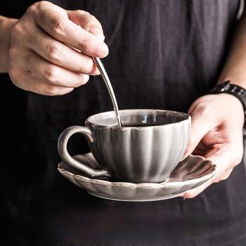 Japoński kubek kawy kubek śniadaniowy prosty kubek wody kubek do herbaty kubek zestaw z filiżanką i spodkiem kubek ceramiczny popołudniowa herbata kubek do herbaty tanie i dobre opinie CN (pochodzenie) Ceramiki kubki do kawy KRÓTKI ze spodkiem Uchwyt Mugs Ekologiczne Na stanie Porcelain Japanese style Retro style