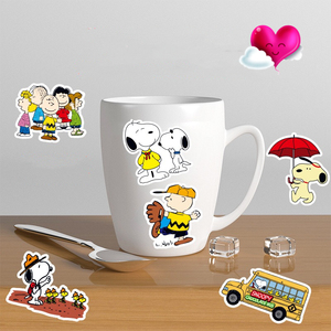 Image 2 - 100 adet karikatür Snoopy çıkartmalar dizüstü kaykay bagaj çıkartması ofis oyuncak aletleri netbook su geçirmez çıkartmalar