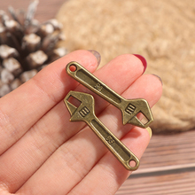 2 X 1:12 Dollhouse Miniature Wrench For Children Gifts Living Room Decoration