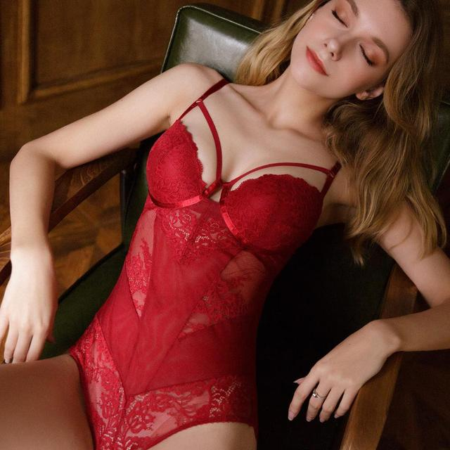 New Sexy Lace Hollow Bodysuit Women Embroidery Jumpsuit Temptation Red Europe Plus Size Bodysuit Body Sleeveless Top Playsuit 4