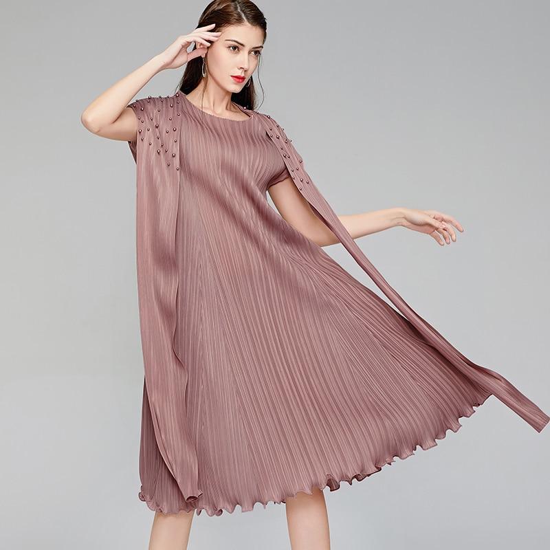 LANMREM 2020 New Spring Round Collar Sleeveless Mid-length Dress Women Streetwear Loose Big Size Pleated Dress Tide PD610