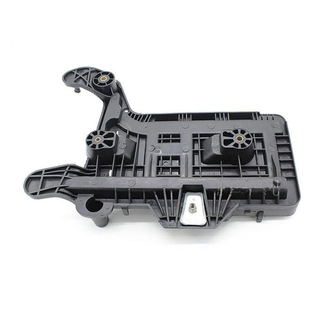 قاعدة تثبيت علبة البطارية ، لـ VW Golf GTI Jetta MK5 MK6 Tiguan EOS Passat B6 Audi 1KD915333