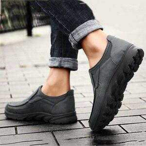 Image 5 - 高級カジュアルシューズ男性ローファー通気性の靴男性大人 sapato masculino プラスサイズ 38 47 chaussure オム