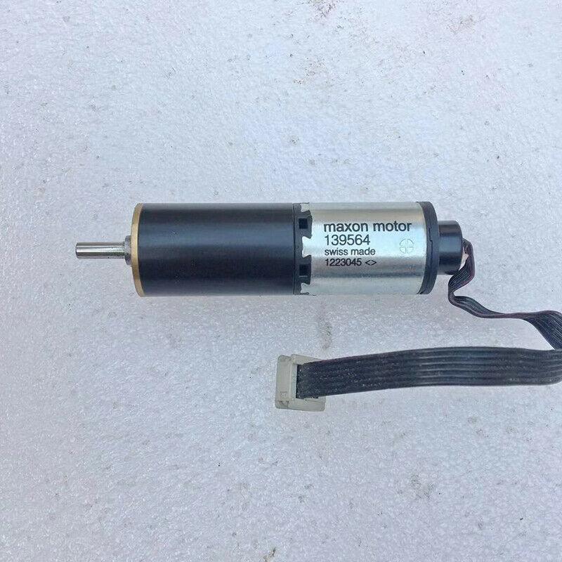 Используется Swiss Maxon 139564 Mini 22 мм Бескаркасный планетарный мотор-редуктор DC12V-24V 100 об/мин RE22