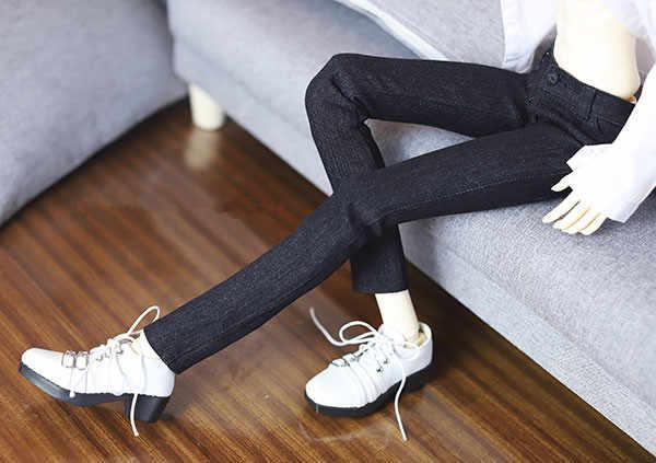 BJD puppe kleid ist geeignet für 1/3 1/4 von täglichen verschleiß mit klassische schwarze jeans, bleistift hosen und lange hosen puppe zubehör