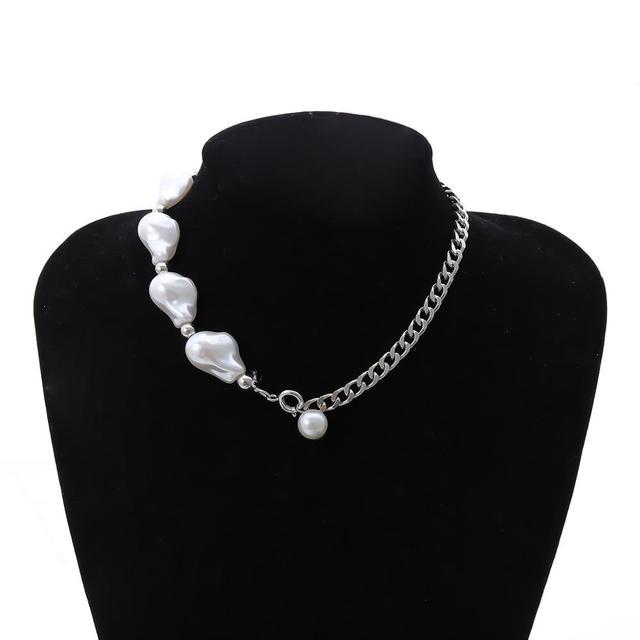 Goth Baroque Pearl Pendant Choker 6