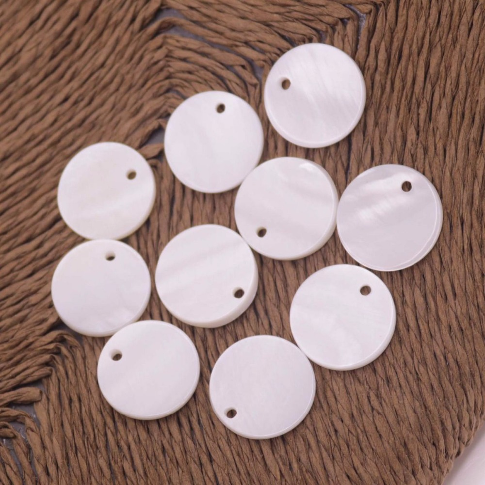 Купить с кэшбэком 10 PCS 15mm Coin Shell Natural White Mother of Pearl Loose Beads Charms Crafts