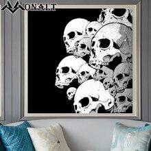 Картина на холсте Черно белая много черепов Декор для дома фотография