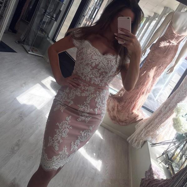 Off The Shoulder 2019 Elegant Cocktail Dresses Sheath Appliques Lace Beaded Short Homecoming Dresses