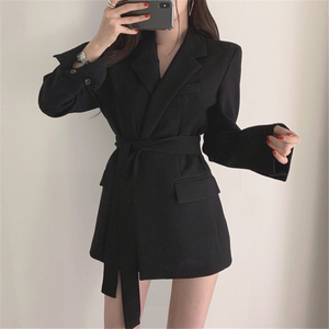 Image 3 - Colorfaith chaquetas con muescas para mujer, ropa de vestir Formal con cordones, Tops blancos y negros elegantes JK7040, Otoño Invierno 2019