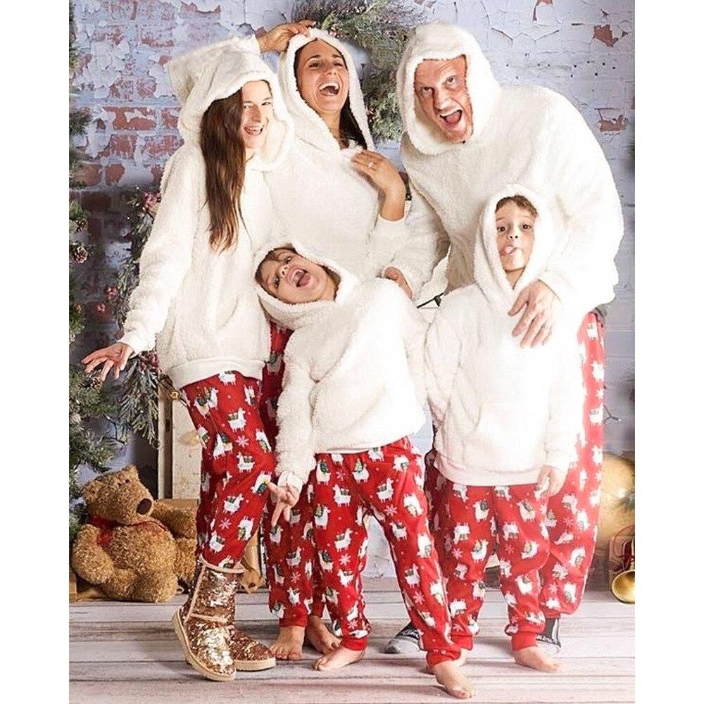 Noël Parent enfant peluche ensemble de costumes 2020 hiver blanc sweats à capuche haut imprimé Animal flocon de neige pantalon famille correspondant ensemble de pyjamas
