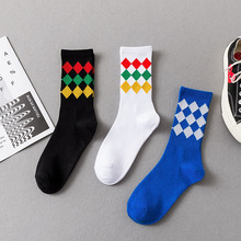 New diamond personality pattern tide socks fashion tide brand casual skateboard socks cotton men socks new socks men s tube socks trend cotton version of europe and the united states tide socks horizontal bar personality tide socks