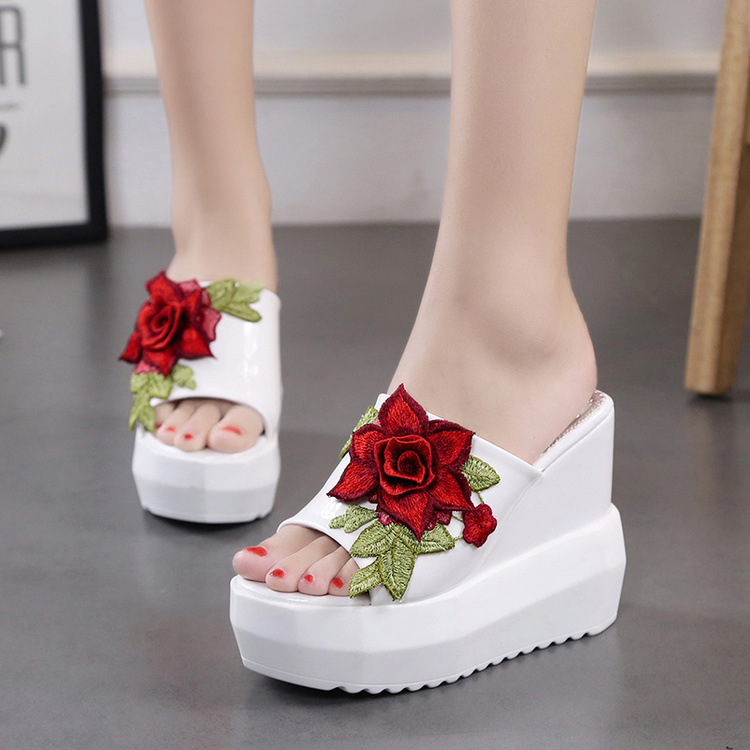 <font><b>Woman</b></font> <font><b>shoes</b></font> <font><b>Slippers</b></font> 2018 Summer ladies <font><b>slippers</b></font> super <font><b>high</b></font> <font><b>heel</b></font> platform <font><b>wedge</b></font> embroidered <font><b>sexy</b></font> 34 yards <font><b>slipper</b></font> slip <font><b>shoes</b></font> image