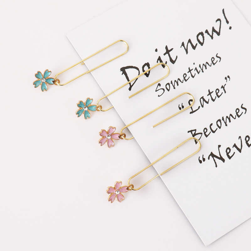 TUTU 5pcs/box Cherry Blossom Paper Clips De Papel Notes DIY Bookmark Metal Binder Clips Clips Notes Letter Paper Clips H0333