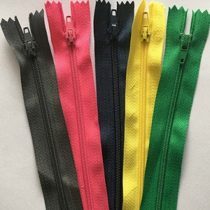 10pcs (4.8~24 inch) 12 cm - 60 cm Nylon Coil Zippers for Tailor Sewing Crafts 15 / 20 / 25 / 30 / 35 / 40 / 45 / 50 / 55 cm Zipp