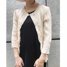 Miyake folds early autumn new feel super good solid color wild casual shell buckle small cardigan coat free shipping