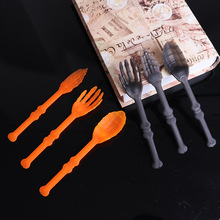 3pcs/lot Halloween Party Plastic Tableware Decoration For Home Hand Bone Shape Plstic Knives Forks Halloween Toys Supplies zz13