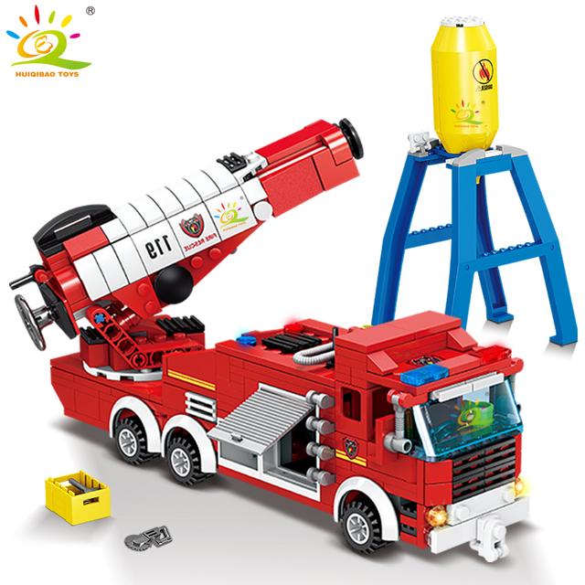 HUIQIBAO 440pcs City Jet Fire Truck model Building Blocks kit firefighting Fireman Figures Bricks Construction Toy for Children