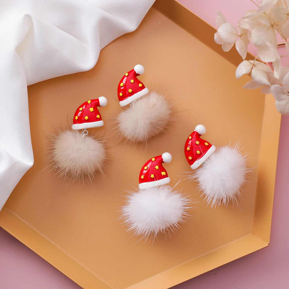 Navidad Año Nuevo pendientes de bolas de pelo muñeco de nieve Navidad sombrero cuelga los pendientes de moda creativos lindos pendientes de dibujos animados oreja joyería