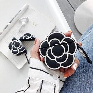 Image 2 - Funda protectora de silicona para auriculares para Apple Airpods 1 y 2, funda de lujo clásica 3D con estampado de Camelia y flores para mujer a prueba de golpes
