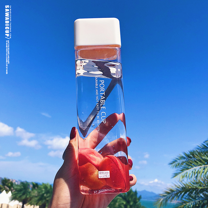 Ha2e7fb1196bf430a9cc4474e74100fce7 500ml Cute New Square Tea Milk Fruit Water Cup for Water Bottles Drink with Rope Transparent Sport Korean Style Heat Resistant